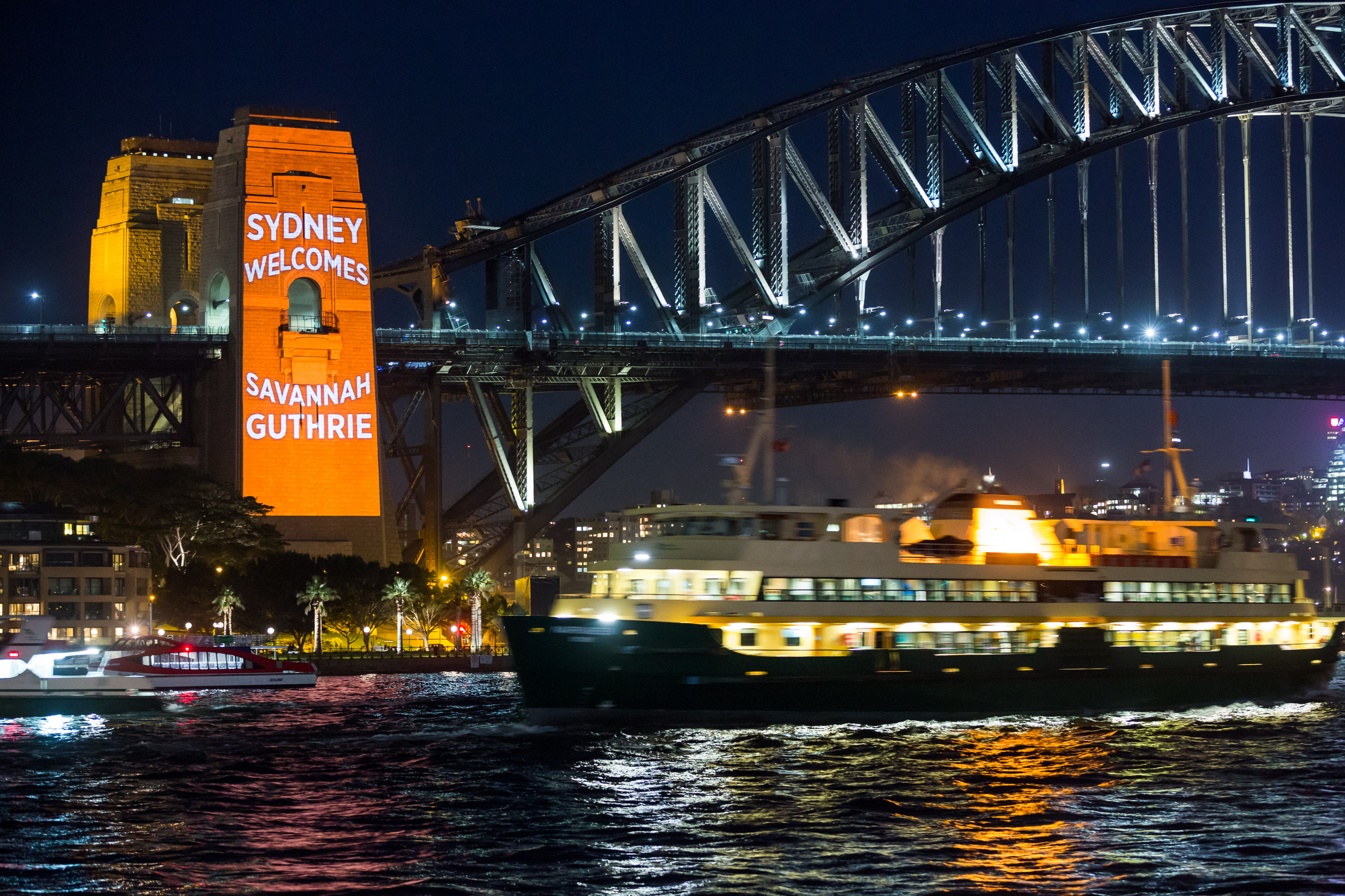 Sydney stars in today show broadcast 4 may 2015 for Pool show 2015 sydney