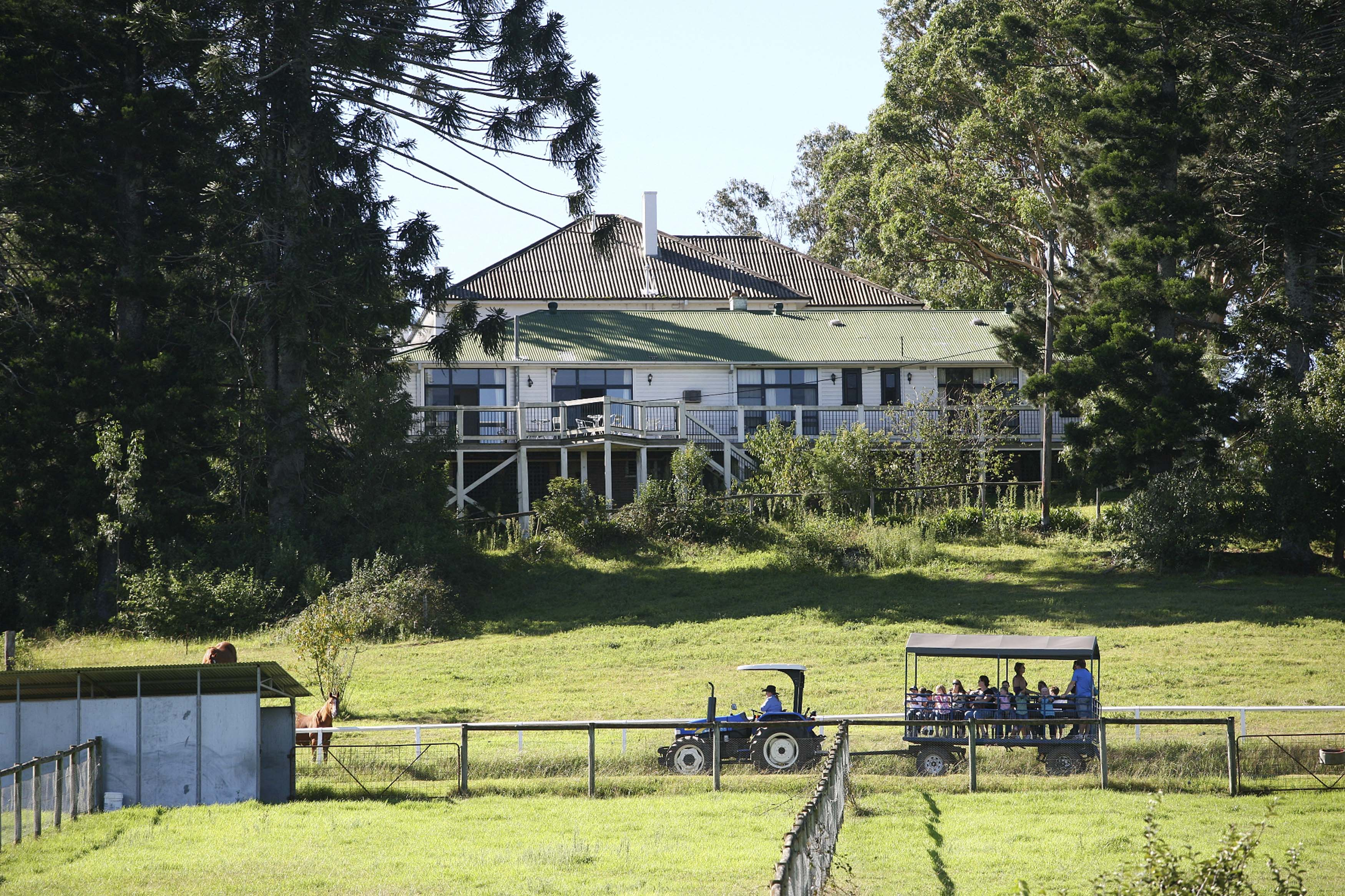 Shake Up Your Summer Holiday With A Nsw Farm Stay