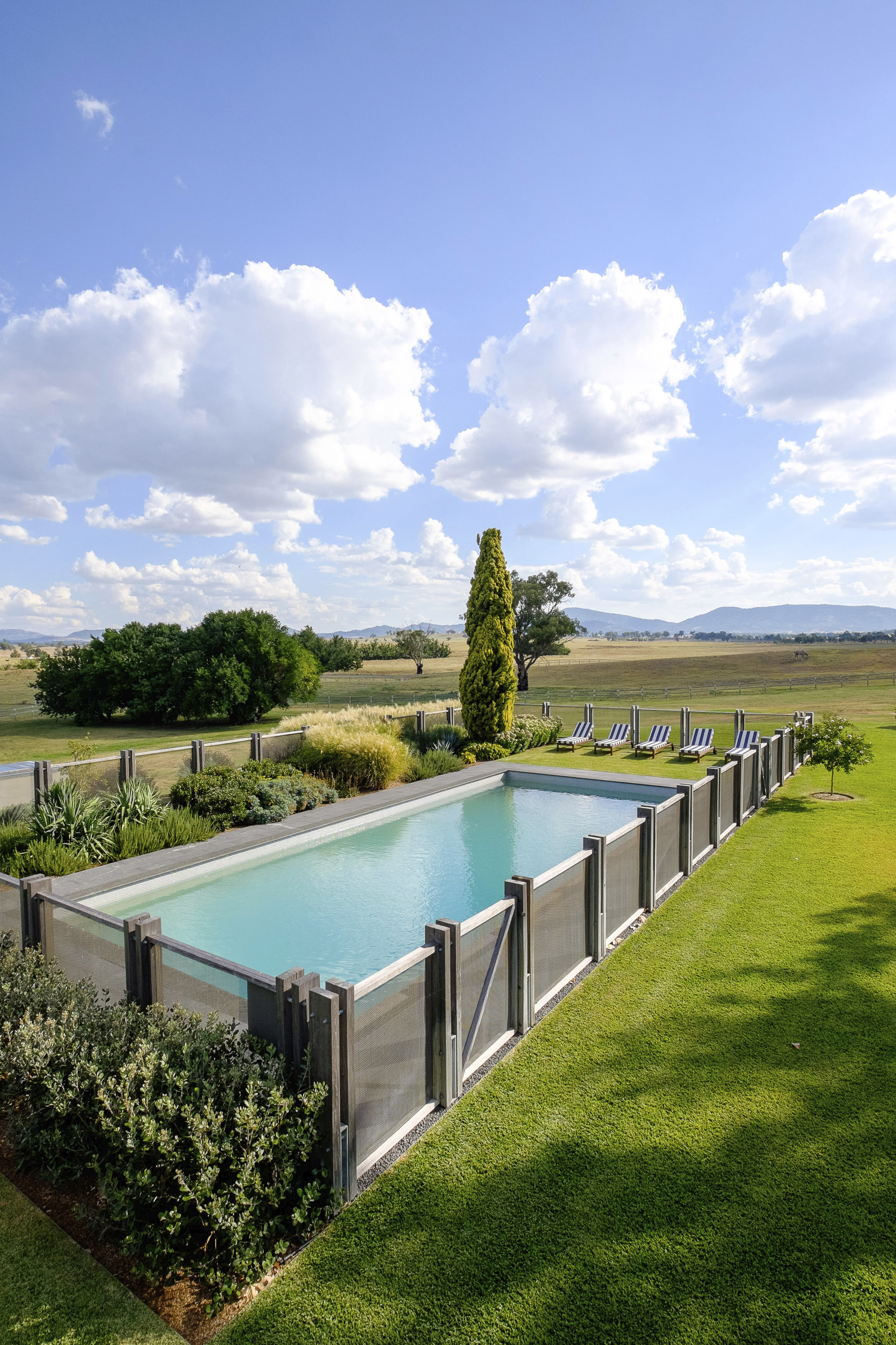 Five new luxury boutique accommodation in region nsw for Luxury boutique accommodation